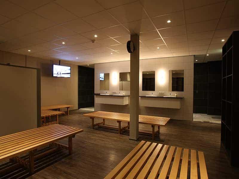 Herenkleedkamer Studiosport Tubbergen 223