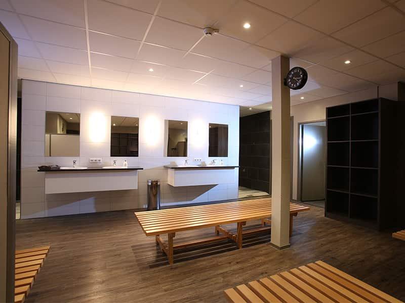 Herenkleedkamer Studiosport Tubbergen 222